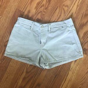 Size 9 l.e.i. shorts